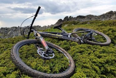 AM / Enduro bike – Transition Covert CF 27.5