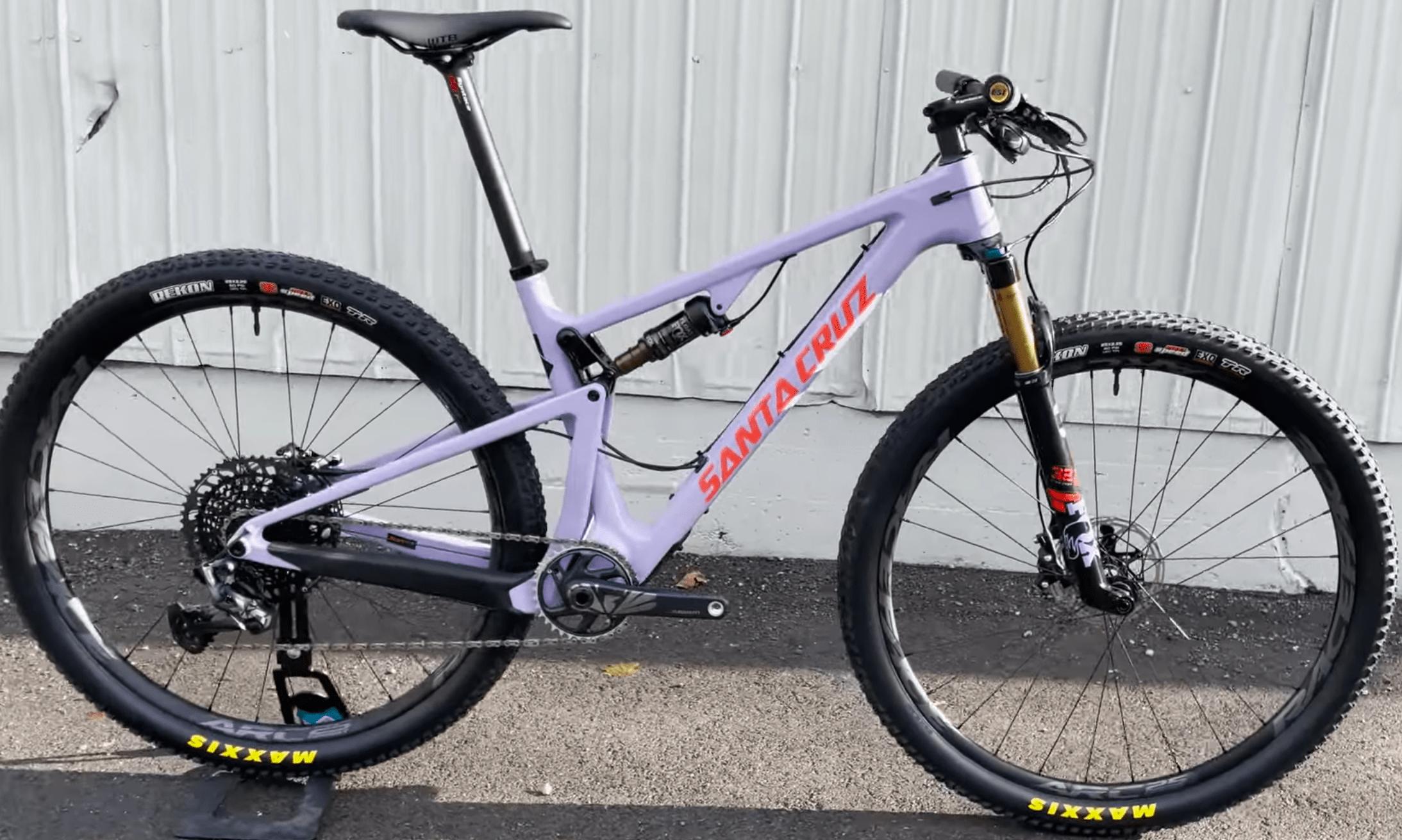 Santa Cruz Blur DownCountry колело